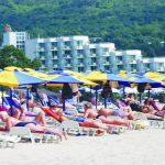 Повече румънци, но и по-богати българи в курортите по Северното черноморие това лято